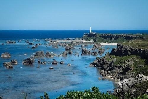 「南国」「夏」「宮古島」「岩」「岬」「水平線」「沖縄」「海」「空」「離島」などがテーマのフリー写真画像