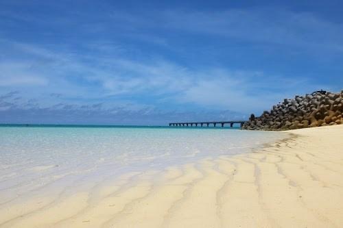 「リゾート」「下地島」「下地島空港17エンド」「南国」「夏」「宮古ブルー」「宮古島」「水中」「沖縄」「海」「離島」などがテーマのフリー写真画像