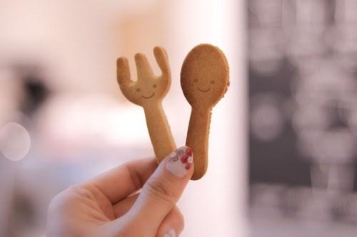 可愛すぎるスプーンクッキーとフォーククッキー(スマイル版)