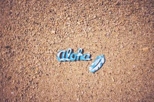 「ビーチ」「リゾート」「俯瞰撮り」「南国」「夏」「真上から」「砂浜」などがテーマのフリー写真画像