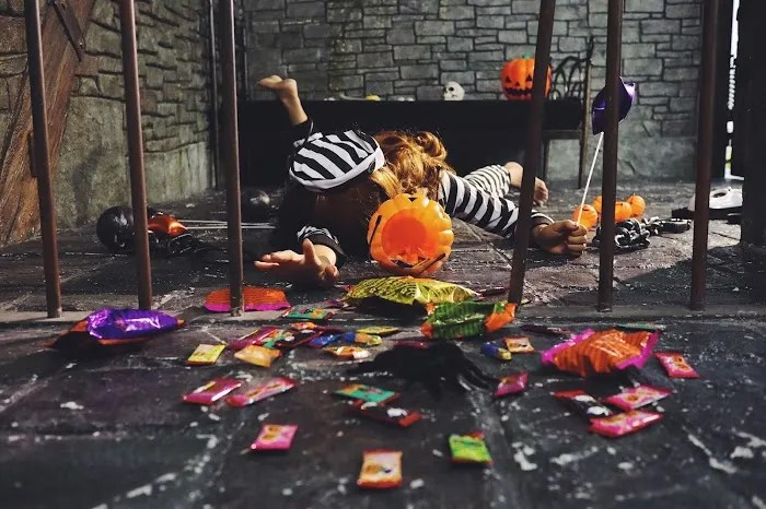 「お菓子」「カボチャ」「囚人」「炫富挑战」「牢屋」「鉄格子」などがテーマのフリー写真画像