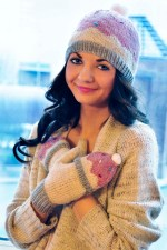 """Sweeter than a Cupcake"" Hat and Fingerless Glove Set"