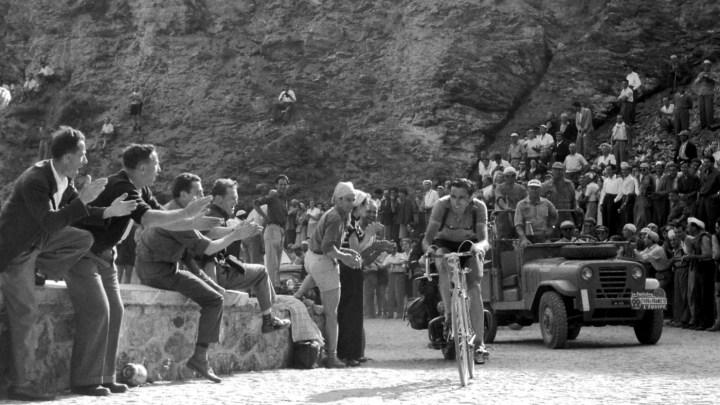 Pura gioia. Quando Fausto Coppi conquistò il Sestriere al Tour