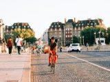 La bicicletta conviene. La Francia l'ha capito