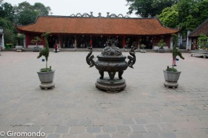 Hanoi (37)-temple-litterature