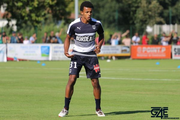 €60.00m ➤ * nov 12, 1998 in paris, france. Jules Kounde : He also has a total of 8 chances created.