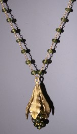 Gloriosa Lily Pendant with Chrysoberyl