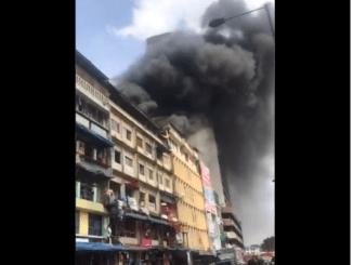 BREAKING! Fire Breaks Out At Balogun Market In Lagos Island