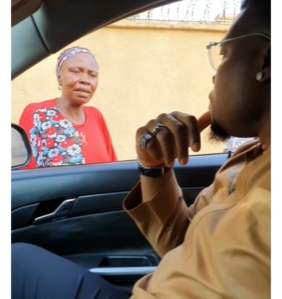 Gov Yahaya Bello's Aide Confronts Woman He Gave A Furnished House Who Sold Everything In It And Returned To Beg On The Streets With Her Kids
