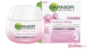 Garnier Sakura White Pinkish Radiance & Smooth Pores - (Sumber: blibli.com)