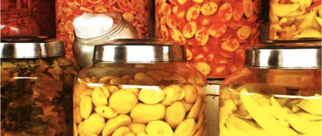 Aneka Manisan - (Sumber: rawfoodartist.com)