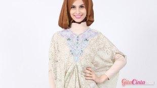 Baju Kaftan - (Sumber: bajumuslimpengantin.com)