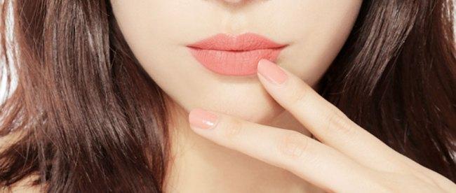 Lipstick Natural - (Sumber: herworldplus.com)