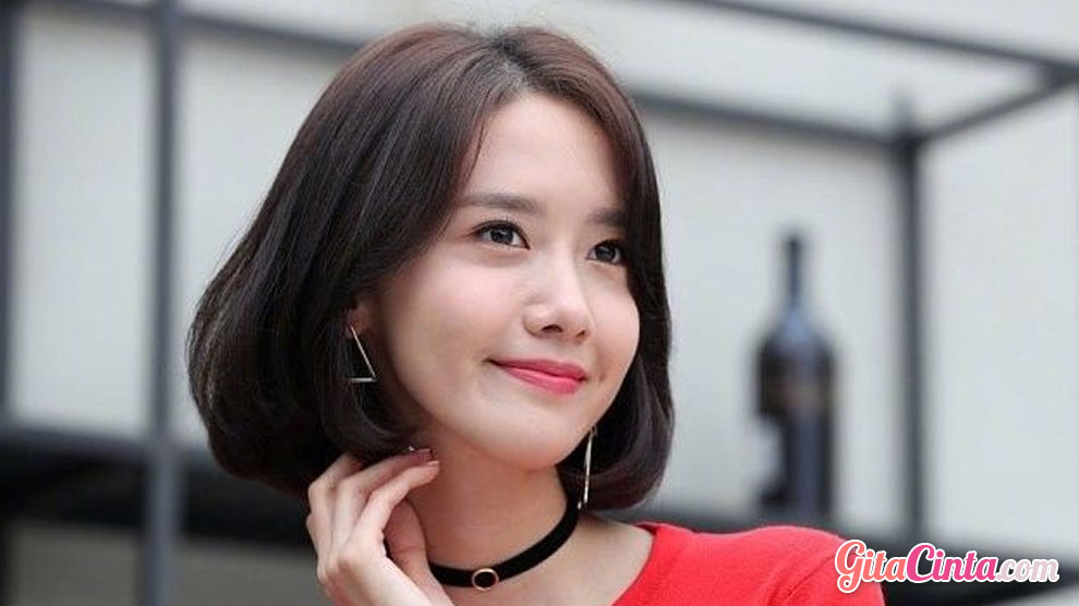 Ingin Potong Pendek Yuk Simak Model Rambut Wanita Pendek Yang Lagi Nge Hits Gitacinta Com