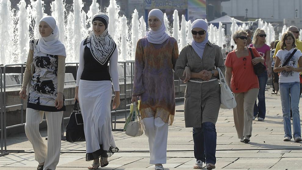 Rusia melarang jilbab