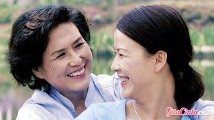 Ilustrasi: wanita tua & muda
