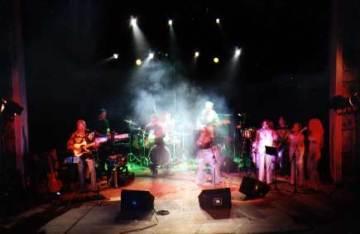 Mira Kubasinska Band, 2003