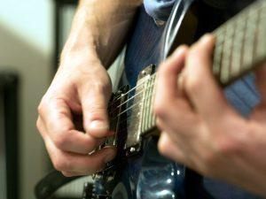 Gitarrenunterricht in Ravensburg und Markdorf Plektrum PRS Gitarre