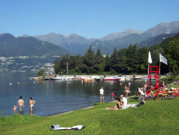 Spiagge in Lombardia Top10 per fare il bagno destate