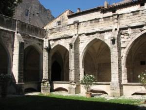 Cloitre de la collégiale Villeneuve les Avignon
