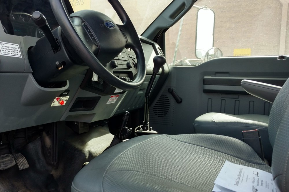 medium resolution of 18 ton national 571e2 econoline interior