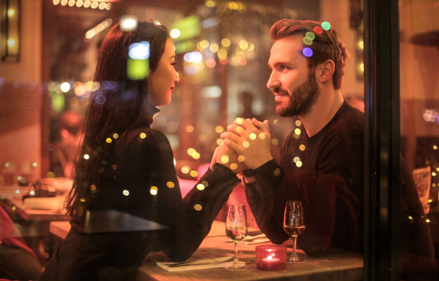 7 things to NOT do during a first date