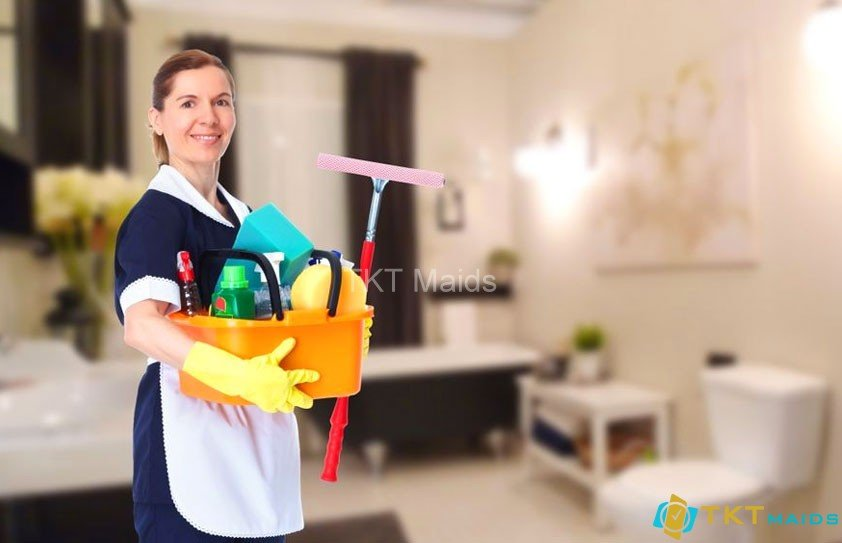 Nhân viên housekeeping