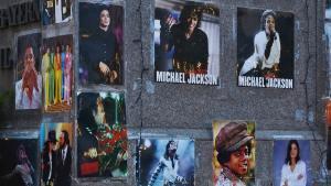 Read more about the article Stranger in Moscow. Michael Jackson e la solitudine