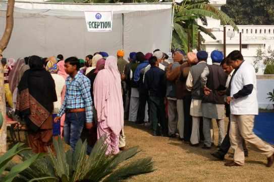 Long queues at the reception