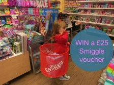 E: 18/07 Win a £25 Smiggle gift card
