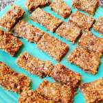RECIPE – Make You Own No-Bake Toasted Coconut, Chocolate, & Chia Granola Bars