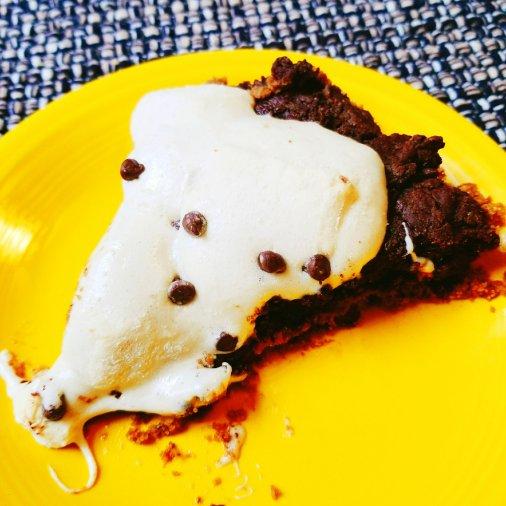 SmashMallows Brownie S'mores Pie (gluten-free)