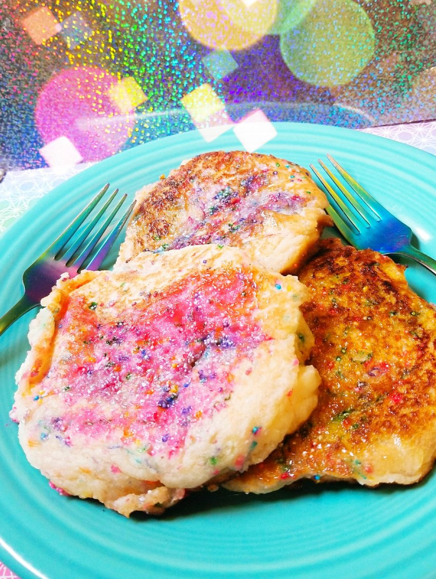 20180809 173246414291411 - Cotton Candy Cloud Protein Pancakes (Gluten-Free and Egg-Free)