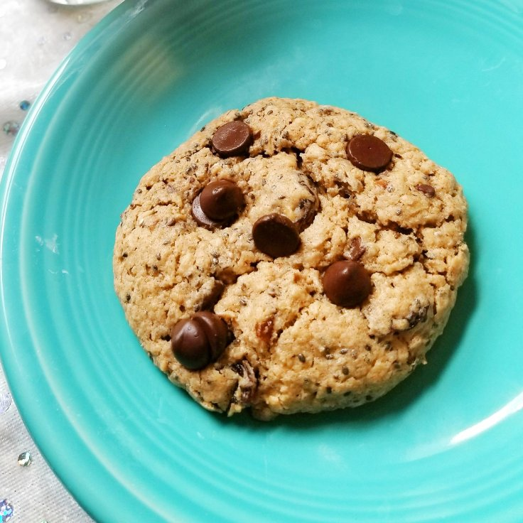 Gluten-Free Oatmeal, Raisin, Chocolate Chip, and Chia Cookies