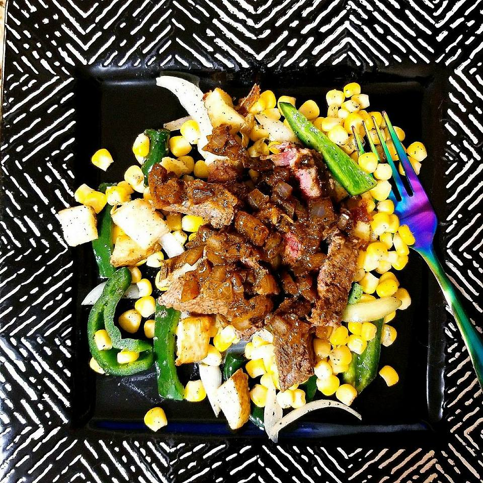 HelloFresh dinner - Adobo Loco Steak With poblano, corn, and crispy potato hash - REVIEW - Give It A Whirl Girl