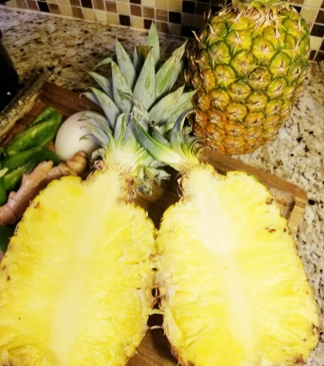 Pineapple halves