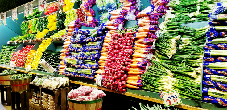 Produce section of Nino Salvaggio - Isn't it just spectacular?