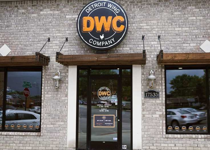 Detroit Wing Company Review (Detroit Wing Company Eastpointe)