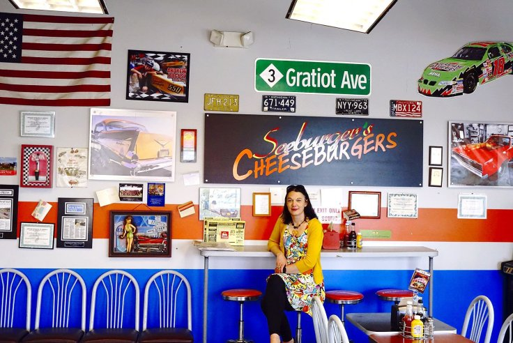 Give It A Whirl Girl chillin' at Seeburger's Cheeseburgers