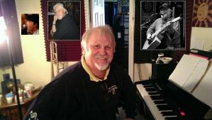 Bobby Keel ~ Mike Hollow
