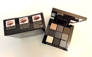 NYX Smokey Look Kit and top of box