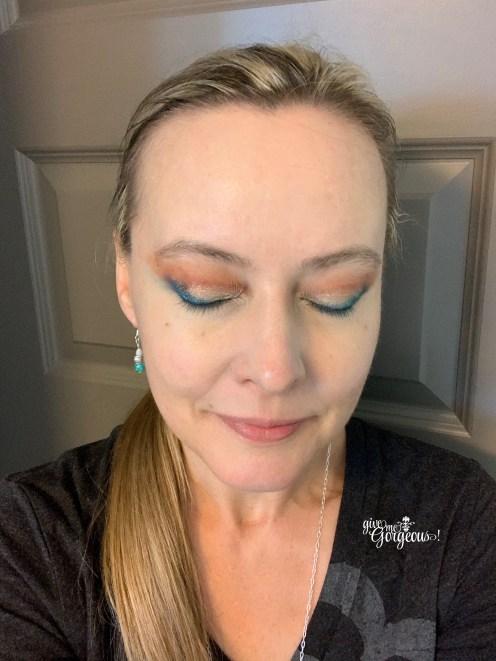 tarte high tides & good vibes eyeshadow palette