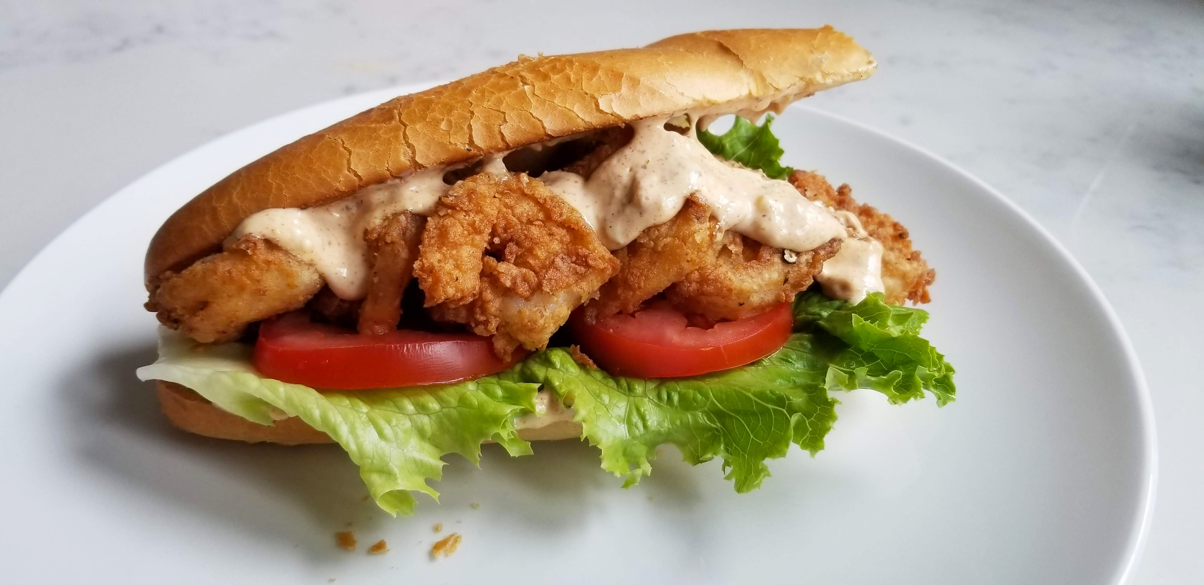 fried shrimp po boy with spicy remoulade