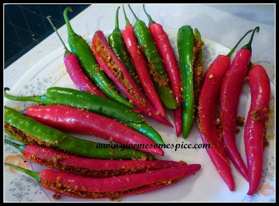 Fresh Chilly Pickle or Marcha nu athanu