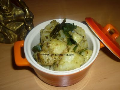 Farari Bateta nu Shak or Potato Curry with cumin