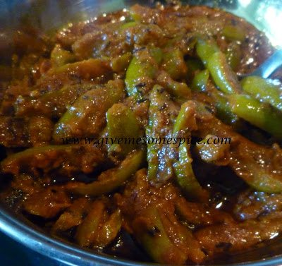 Tindora or Ivy Gourd Curry (Tindora nu shak)