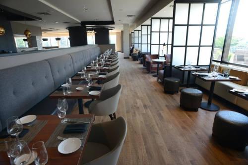 Lela Lounge