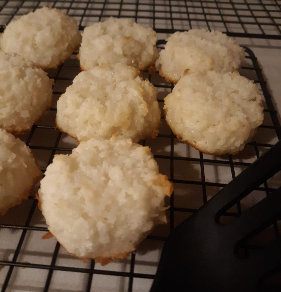 macaroons scaled Coconut Macaroons