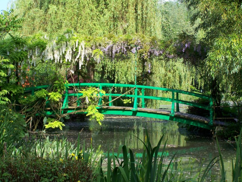 https://i0.wp.com/giverny.org/gardens/fcm/giverny.jpg