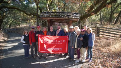 Rensselaer alumni hiking Napa Valley